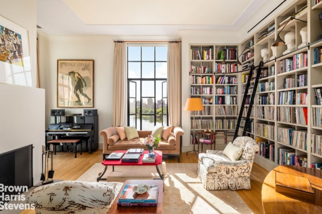 Bette Midler's apartment at 1125 Fifth Avenue, New York.